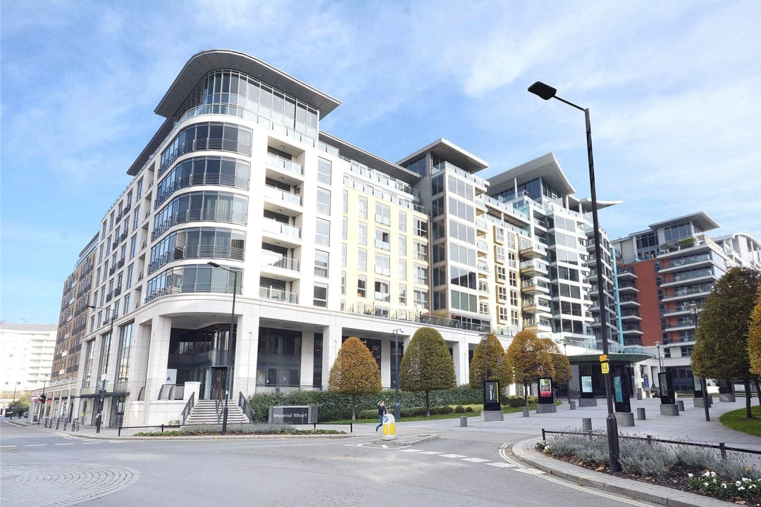 Flat for sale in Octavia House, 213 Townmead Road, SW6 2FJ - view - 1