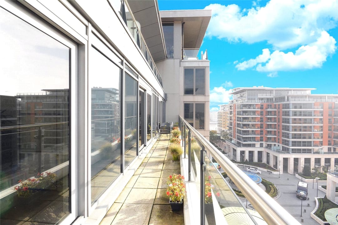 Flat for sale in Octavia House, 213 Townmead Road, SW6 2FJ - view - 4