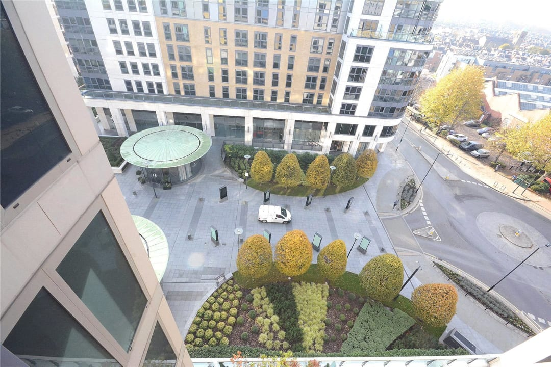 Flat for sale in Octavia House, 213 Townmead Road, SW6 2FJ - view - 9