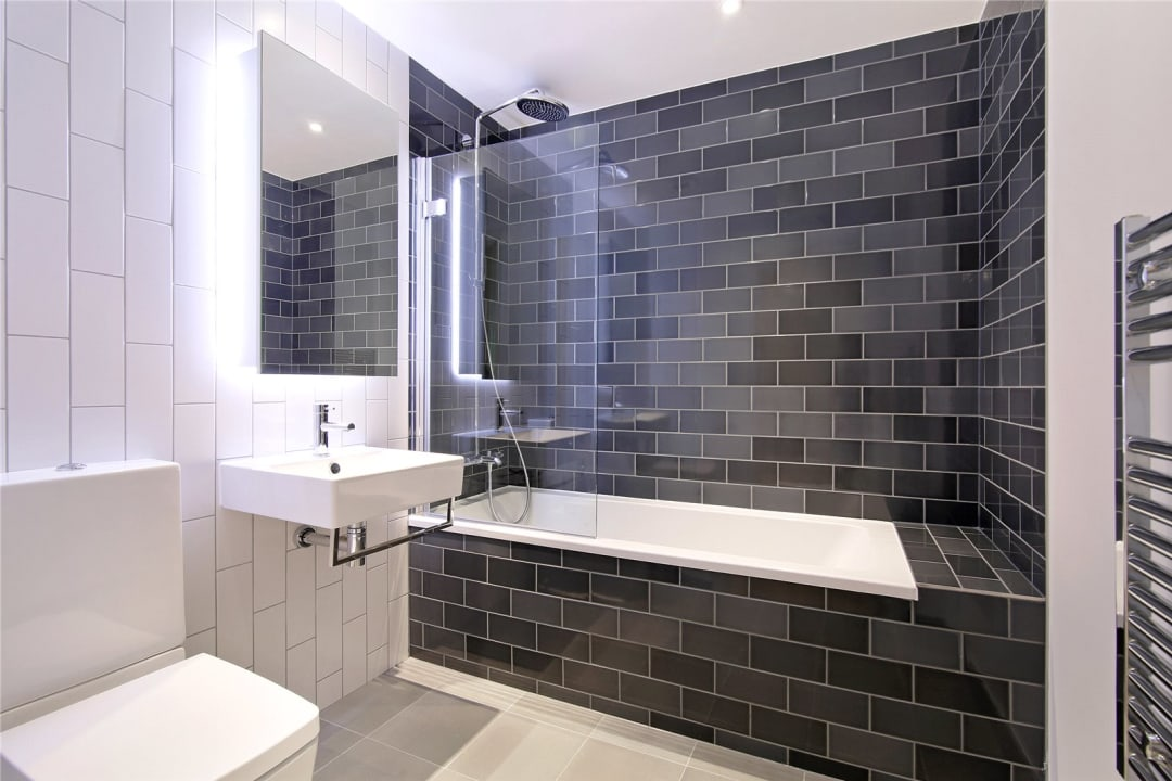 Flat for sale in Rope Terrace, Royal Wharf, E16 2PH - view - 2