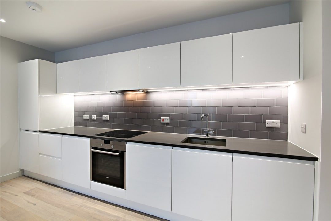 Flat for sale in Rope Terrace, Royal Wharf, E16 2PH - view - 3