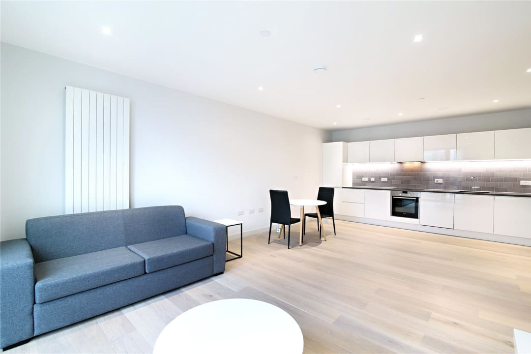 Flat for sale in Rope Terrace, Royal Wharf, E16 2PH - view - 7