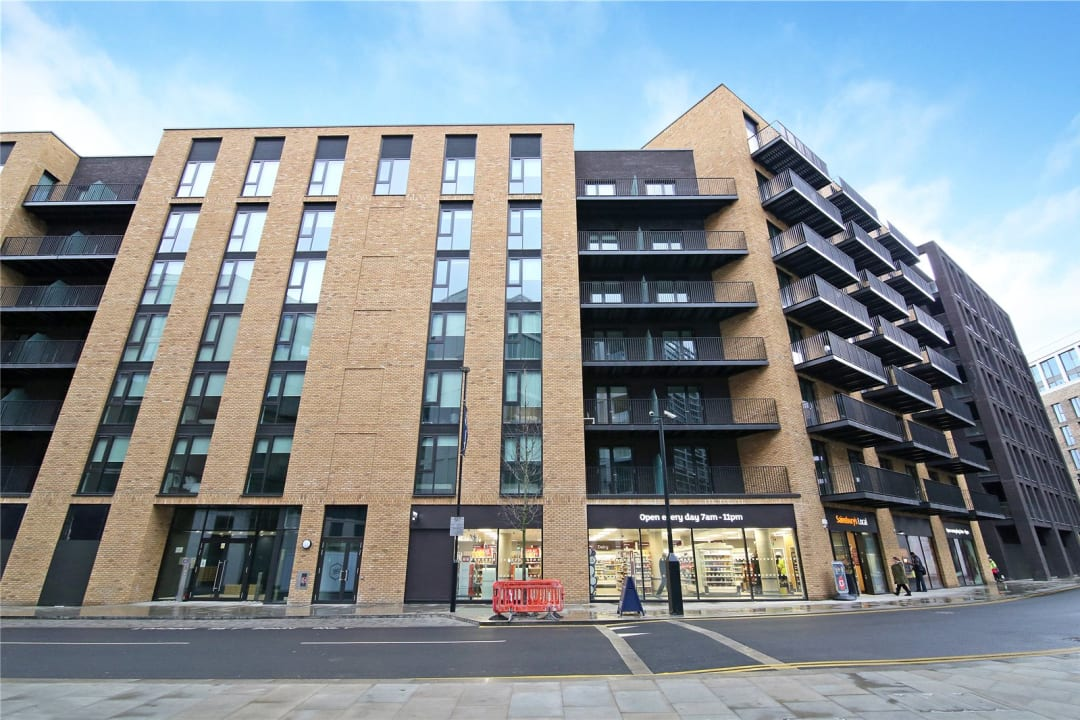 Flat for sale in Rope Terrace, Royal Wharf, E16 2PH - view - 10