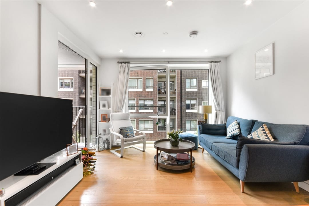 Flat for sale in Sayer Street, Elephant and Castle, SE17 1FG - view - 1