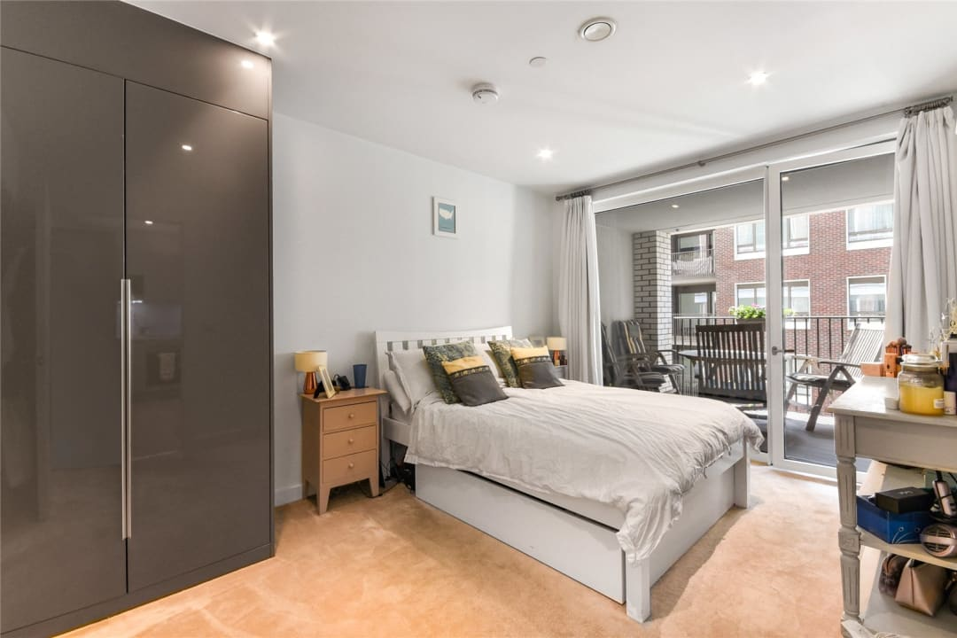 Flat for sale in Sayer Street, Elephant and Castle, SE17 1FG - view - 2