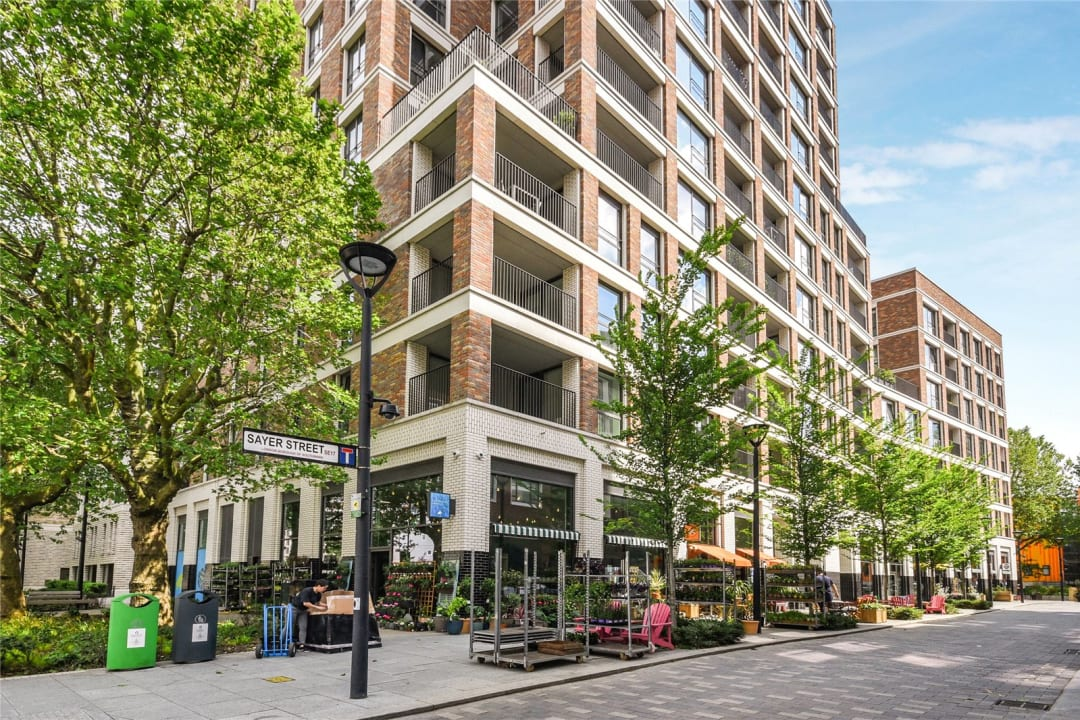 Flat for sale in Sayer Street, Elephant and Castle, SE17 1FG - view - 11