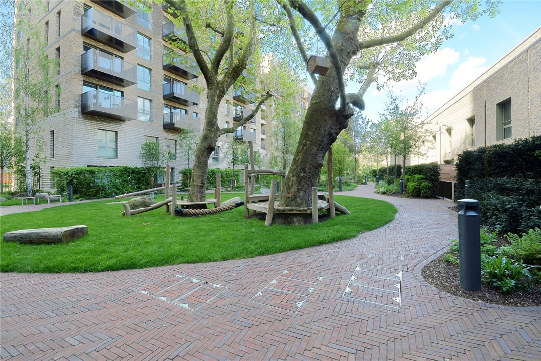 Flat for sale in Sayer Street, Elephant and Castle, SE17 1FG - view - 15