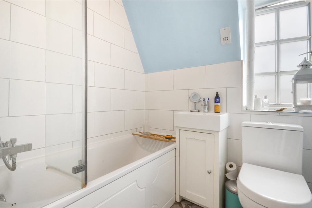 Flat for sale in Spencer House, Albion Avenue, SW8 2AQ - view - 7