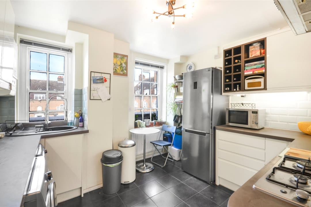 Flat for sale in Spencer House, Albion Avenue, SW8 2AQ - view - 4
