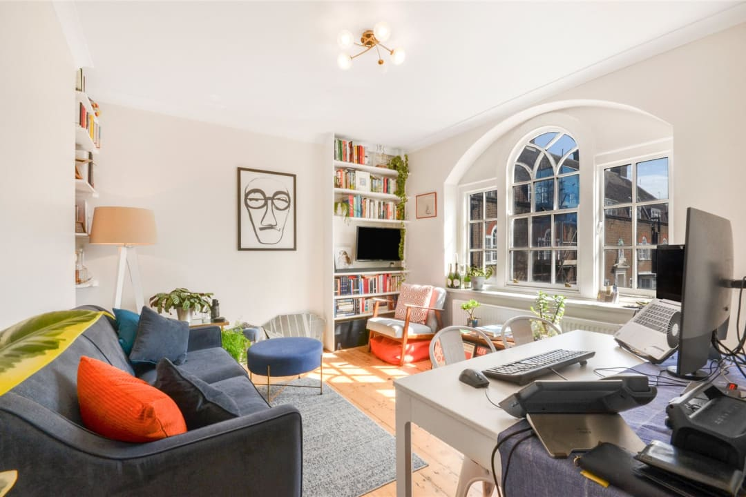 Flat for sale in Spencer House, Albion Avenue, SW8 2AQ - view - 1