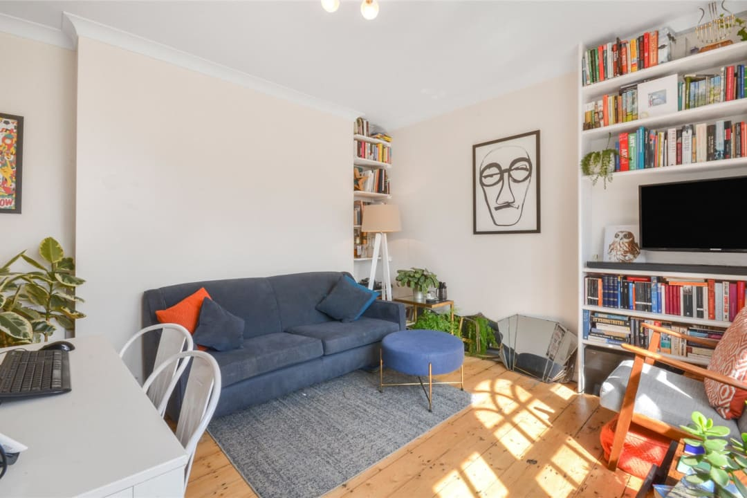 Flat for sale in Spencer House, Albion Avenue, SW8 2AQ - view - 3