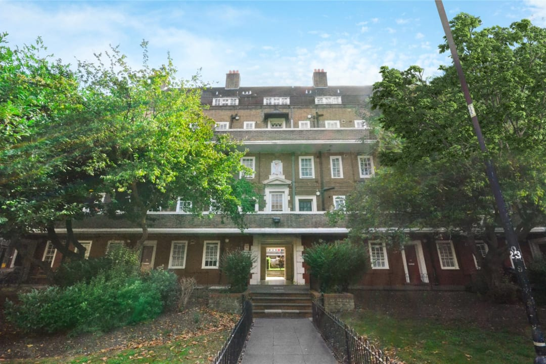Flat for sale in Spencer House, Albion Avenue, SW8 2AQ - view - 9