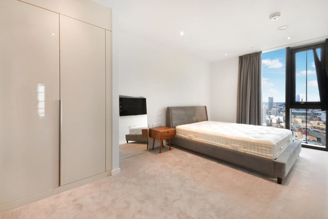 Flat for sale in St. Gabriel Walk, Elephant and Castle, SE1 6FF - view - 2