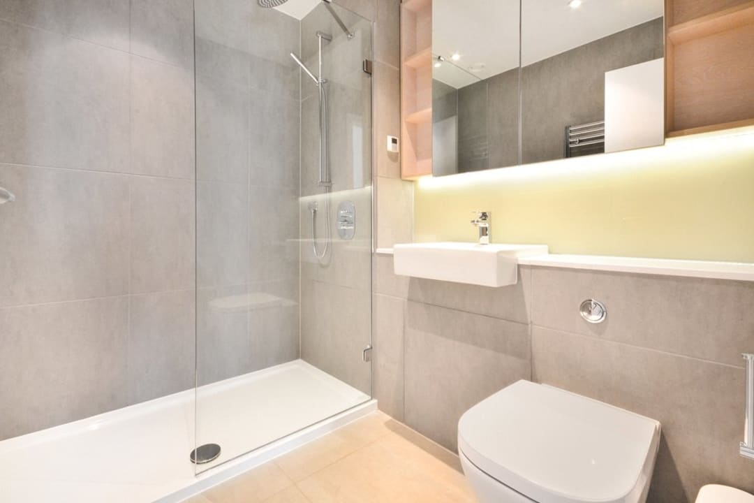 Flat for sale in St. Gabriel Walk, Elephant and Castle, SE1 6FF - view - 7