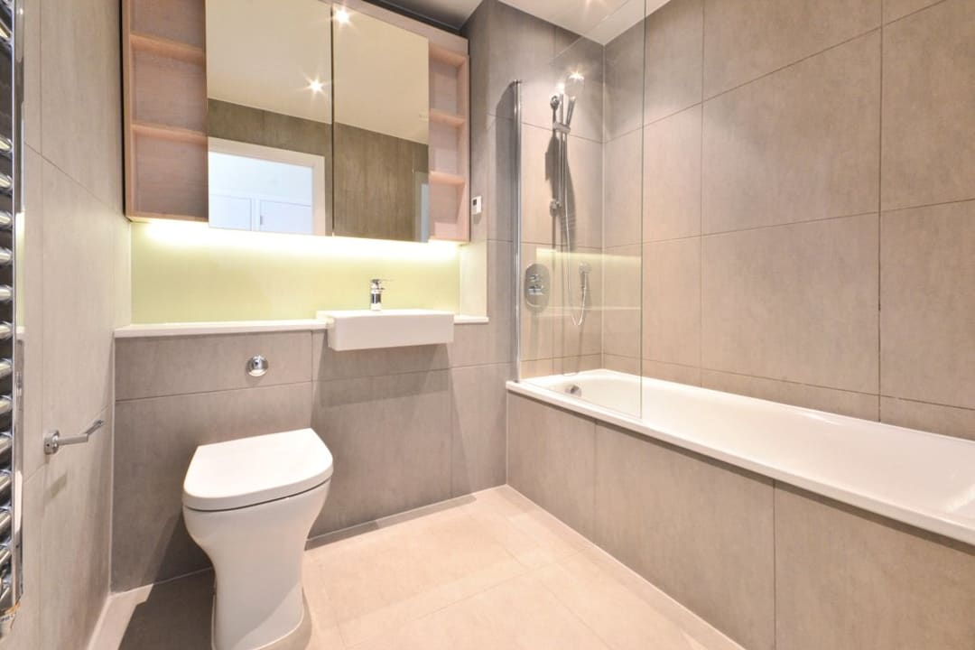 Flat for sale in St. Gabriel Walk, Elephant and Castle, SE1 6FF - view - 12