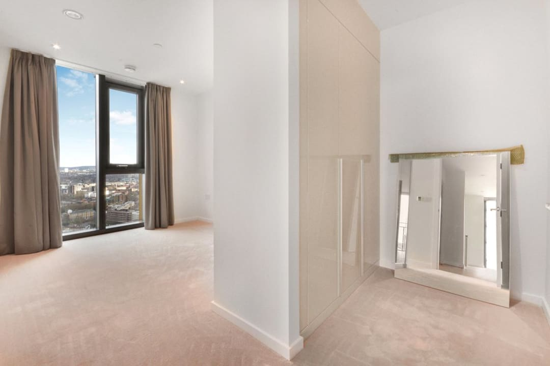 Flat for sale in St. Gabriel Walk, Elephant and Castle, SE1 6FF - view - 8