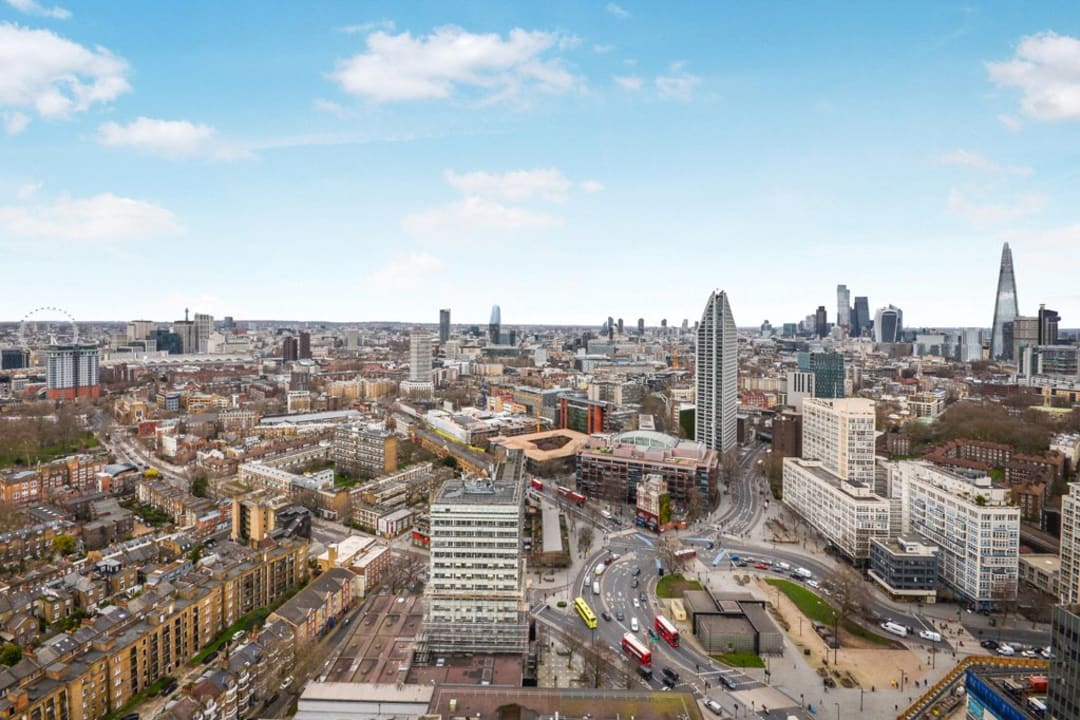 Flat for sale in St. Gabriel Walk, Elephant and Castle, SE1 6FF - view - 11