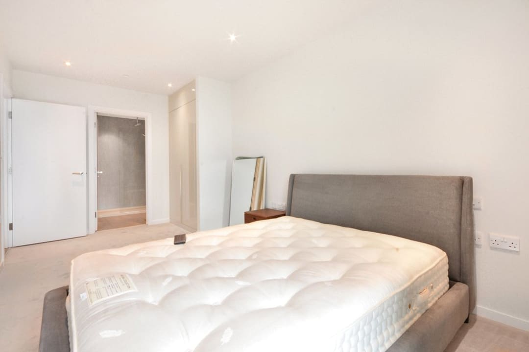 Flat for sale in St. Gabriel Walk, Elephant and Castle, SE1 6FF - view - 13