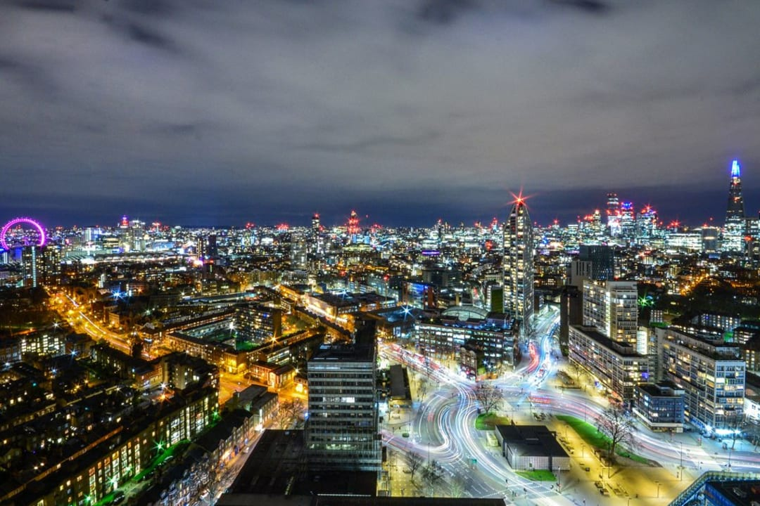 Flat for sale in St. Gabriel Walk, Elephant and Castle, SE1 6FF - view - 4
