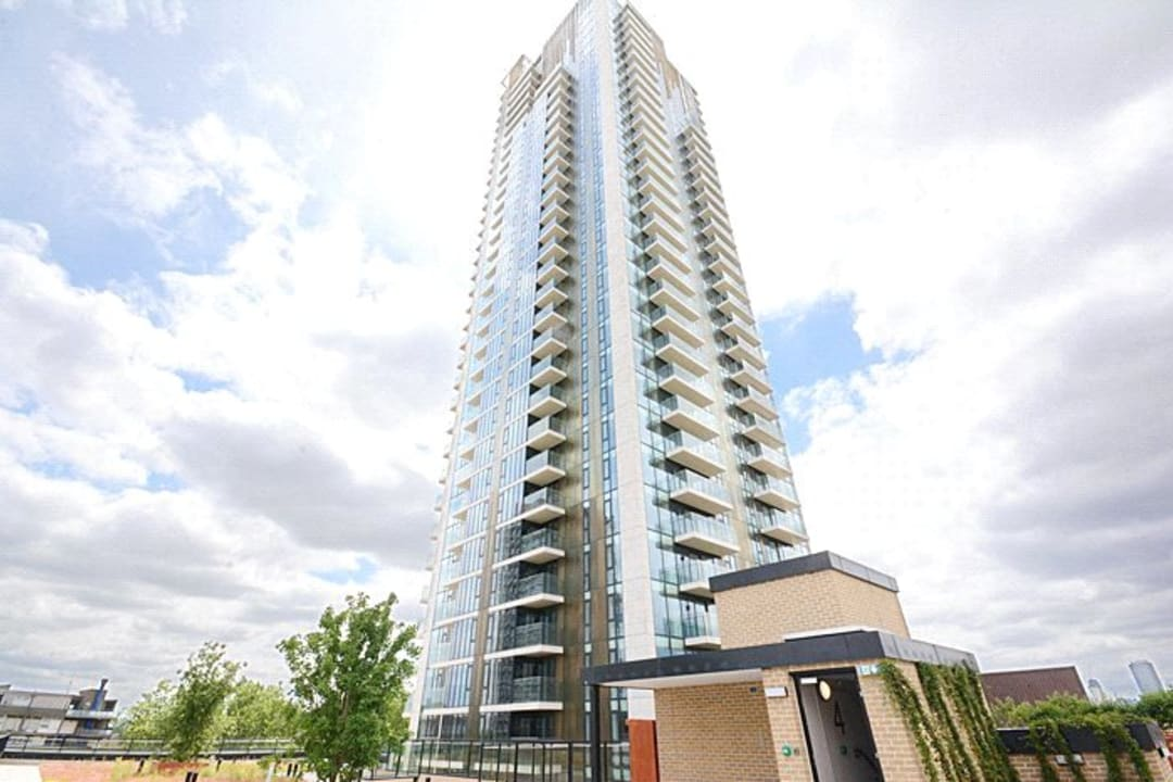 Flat for sale in St. Gabriel Walk, London, SE1 6FA - view - 10