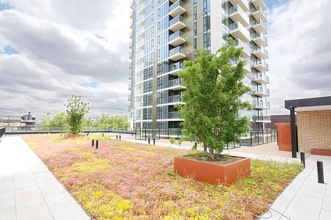 Flat for sale in St. Gabriel Walk, London, SE1 6FA - view - 12