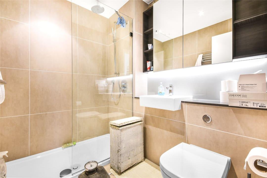 Flat for sale in St. Gabriel Walk, London, SE1 6FD - view - 10