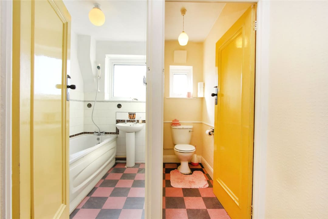 House for sale in Stanford Road, Norbury, SW16 4QH - view - 9