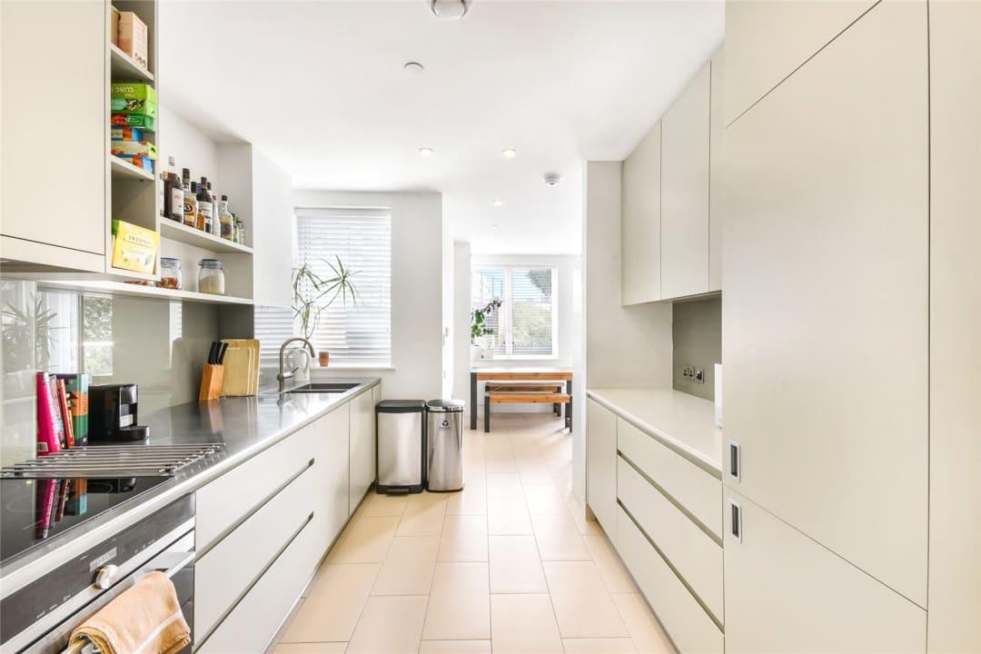 Flat for sale in Steedman Street, London, SE17 3AF - view - 3