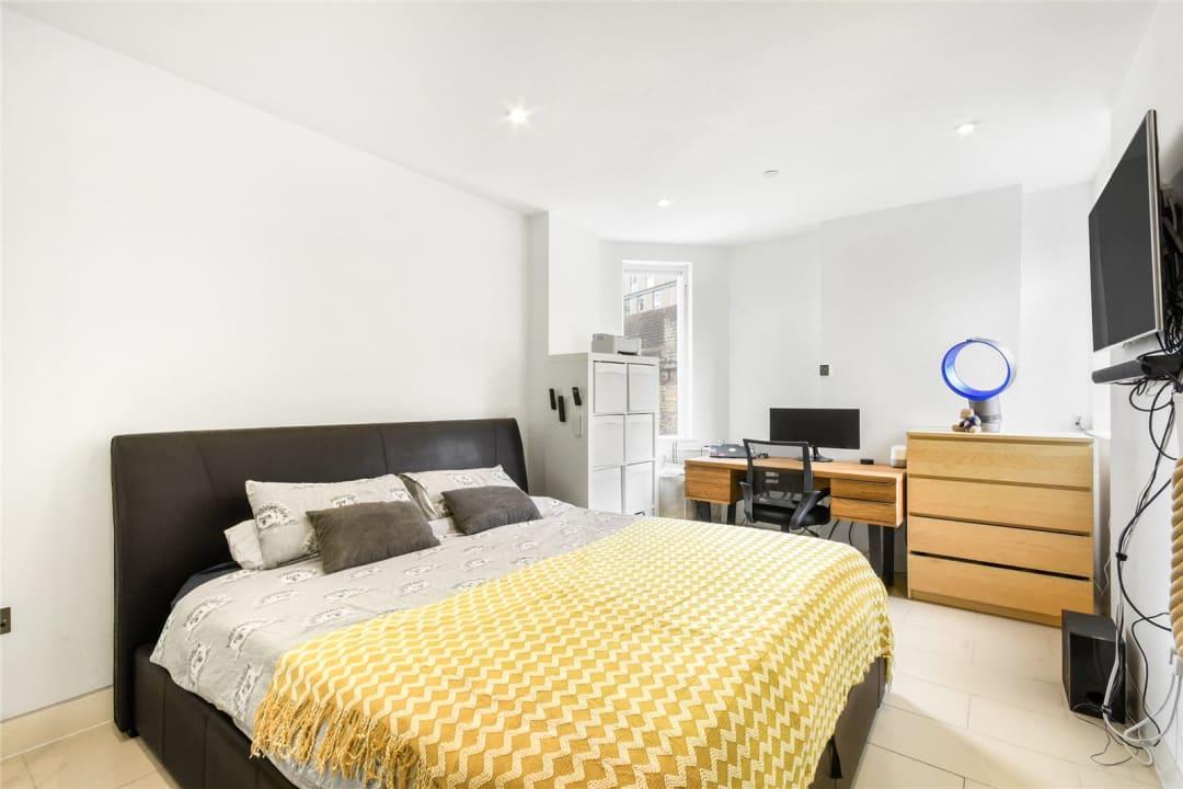 Flat for sale in Steedman Street, London, SE17 3AF - view - 6
