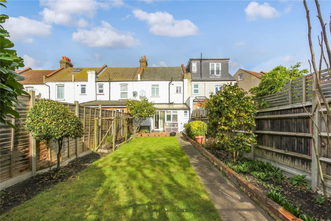 House for sale in Strathyre Avenue, Norbury, SW16 4RG - view - 12