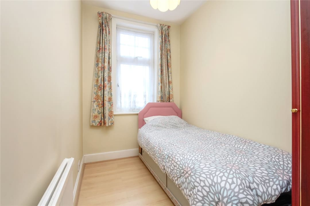 House for sale in Strathyre Avenue, Norbury, SW16 4RG - view - 9
