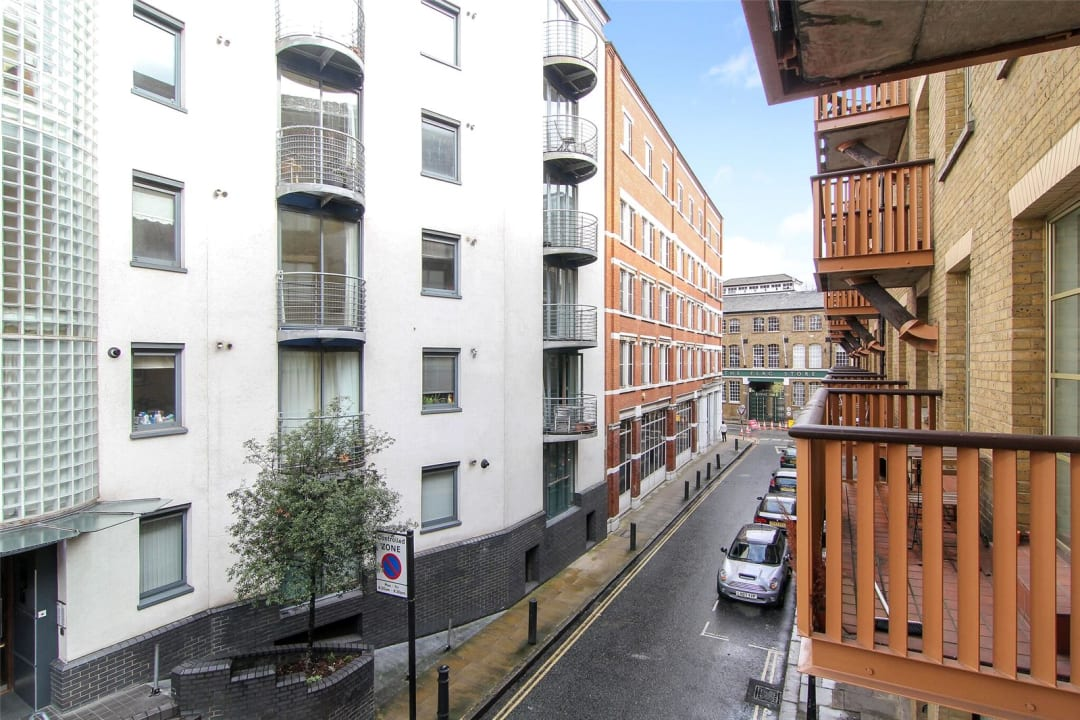 Flat for sale in The Circle, Queen Elizabeth Street, SE1 2JJ - view - 6