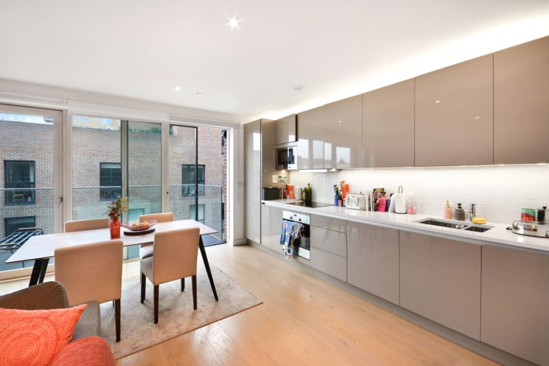 Flat for sale in Victory Place, Elephant and Castle, SE17 1PG - view - 6