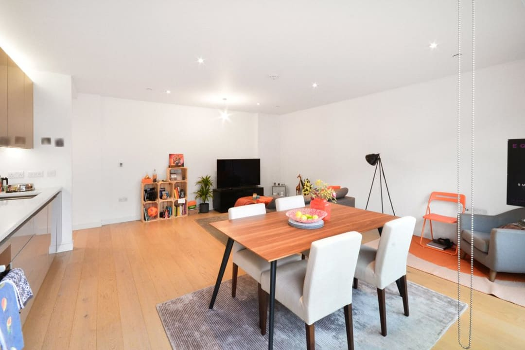 Flat for sale in Victory Place, Elephant and Castle, SE17 1PG - view - 7