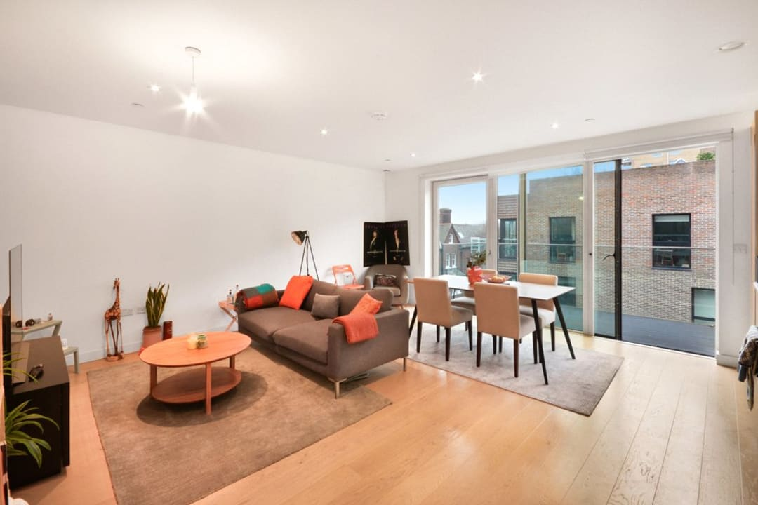 Flat for sale in Victory Place, Elephant and Castle, SE17 1PG - view - 1