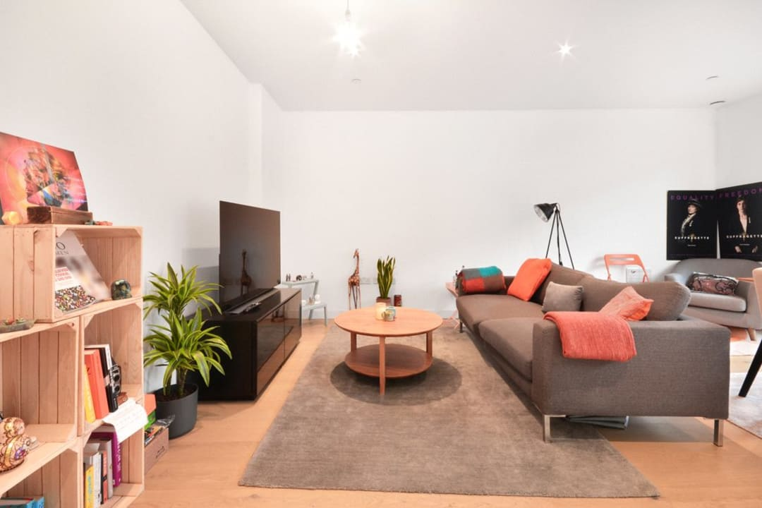 Flat for sale in Victory Place, Elephant and Castle, SE17 1PG - view - 4