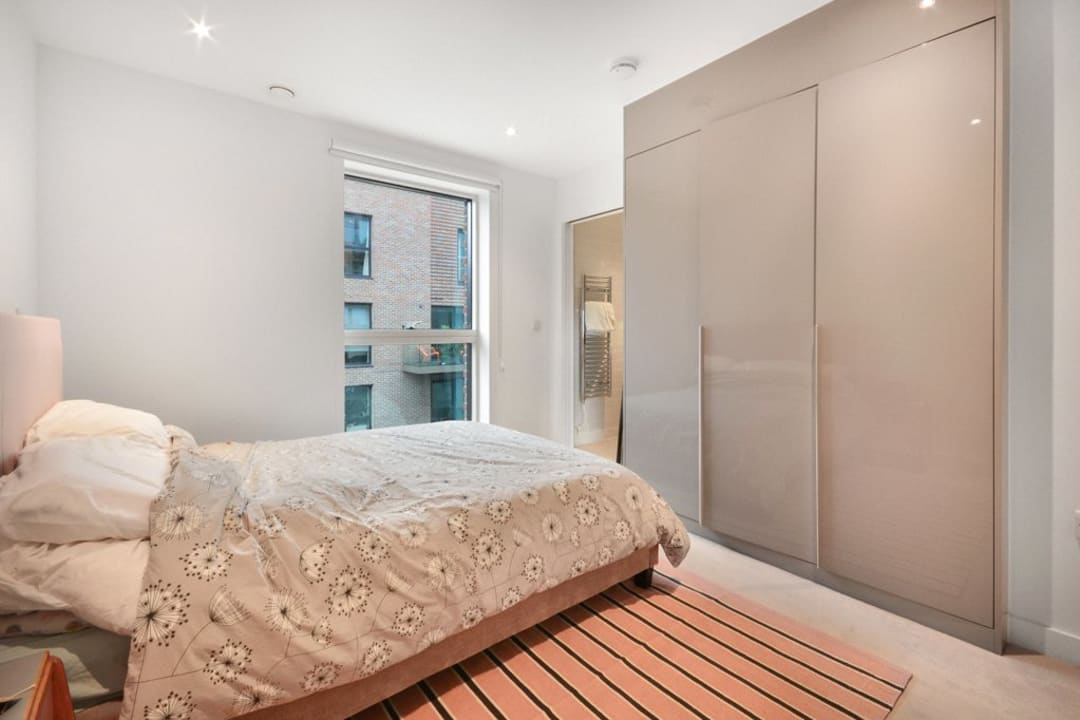 Flat for sale in Victory Place, Elephant and Castle, SE17 1PG - view - 2