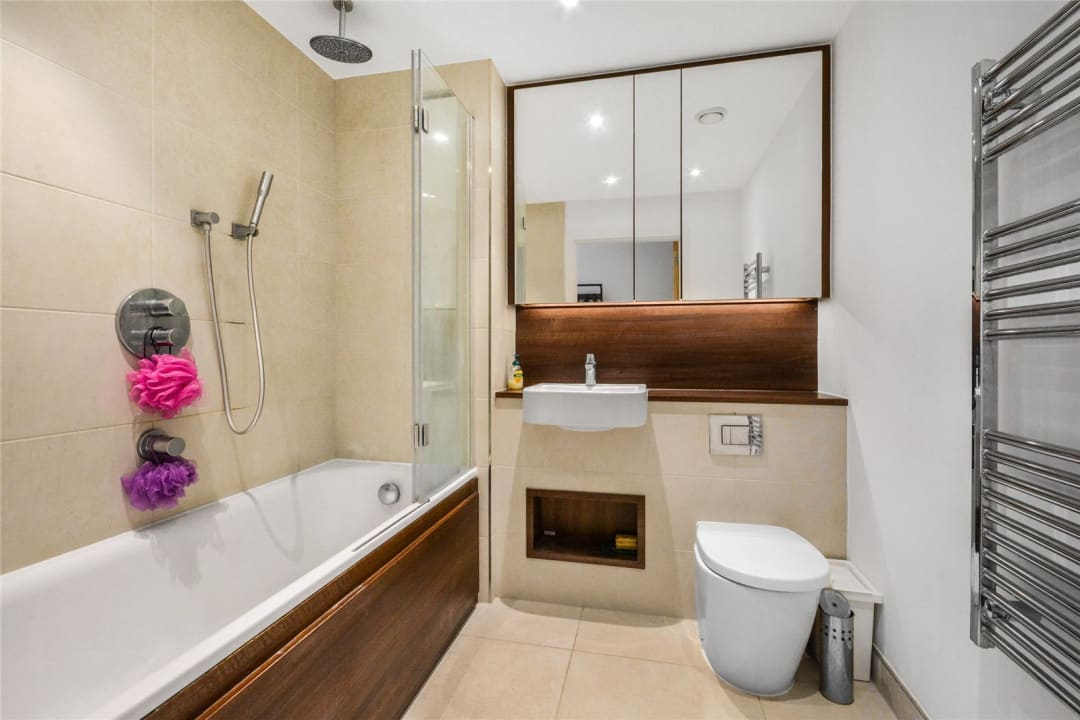 Flat for sale in Wagtail Court, 34 Pipit Drive, SW15 3BF - view - 7