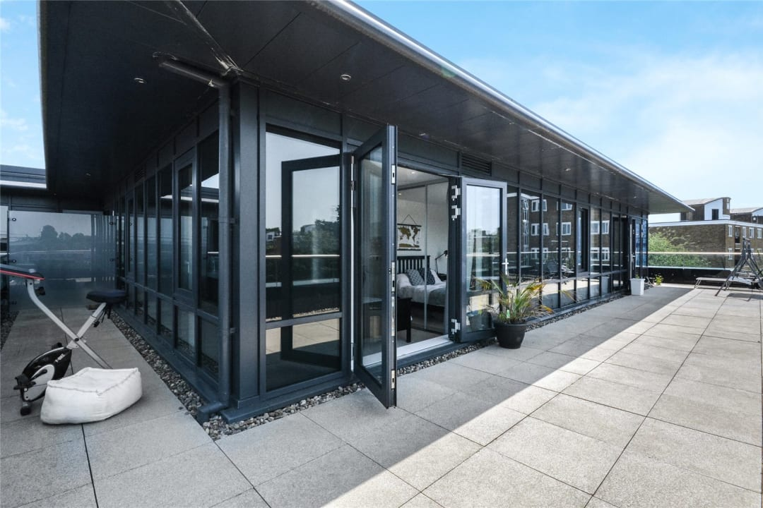 Flat for sale in Wagtail Court, 34 Pipit Drive, SW15 3BF - view - 4