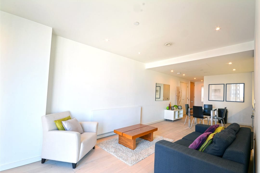 Flat for sale in Walworth Road, Elephant and Castle, SE1 6EG - view - 7
