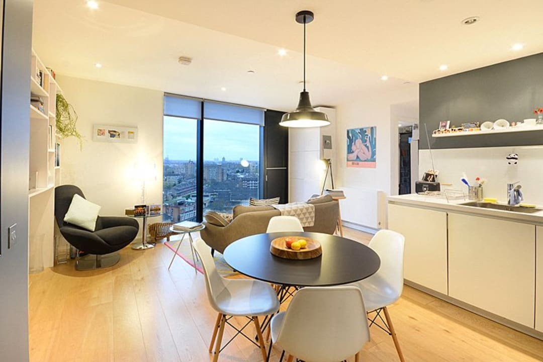 Flat for sale in Walworth Road, London, SE1 6EG - view - 1