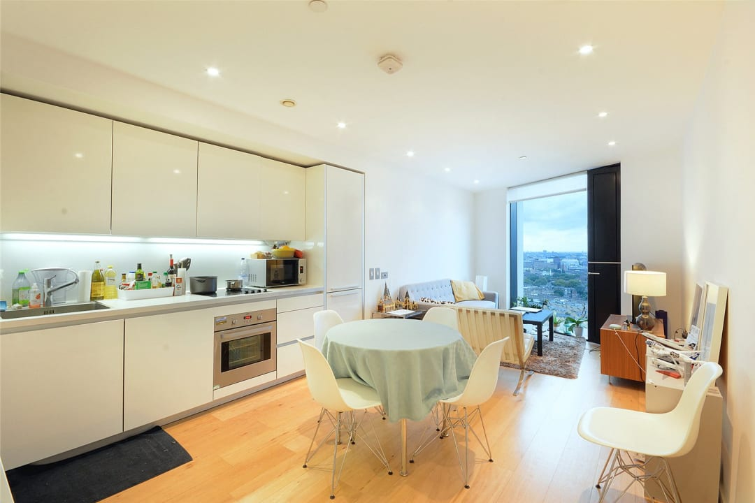 Flat for sale in Walworth Road, London, SE1 6EH - view - 1