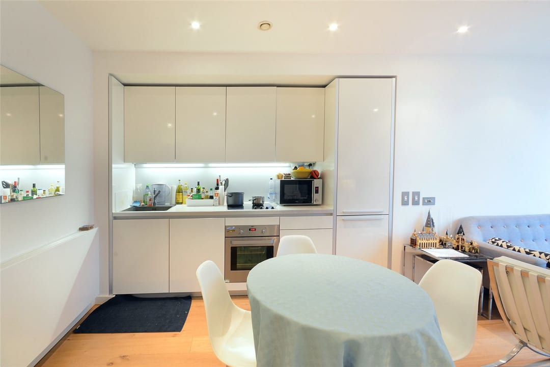 Flat for sale in Walworth Road, London, SE1 6EH - view - 7