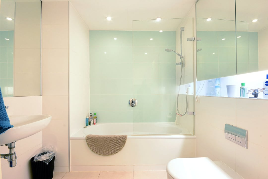 Flat for sale in Walworth Road, London, SE1 6EH - view - 4