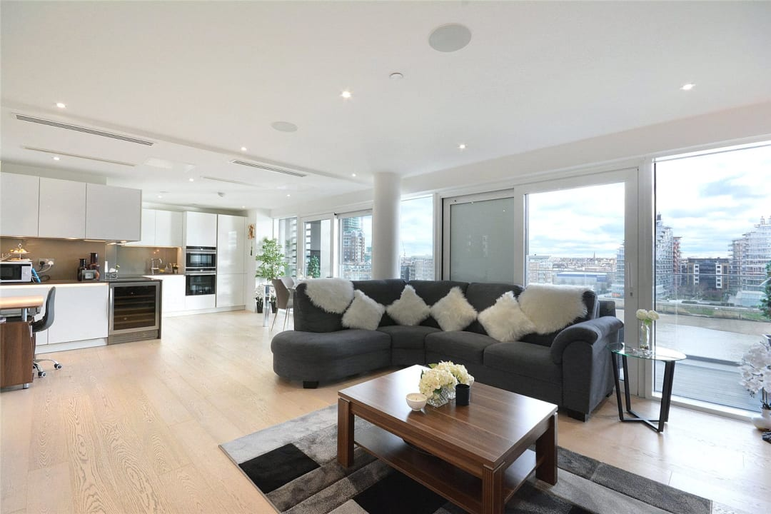 Flat for sale in Westbourne Apartments, 5 Central Avenue, SW6 2GP - view - 2