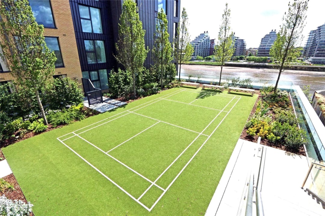 Flat for sale in Westbourne Apartments, 5 Central Avenue, SW6 2GP - view - 11