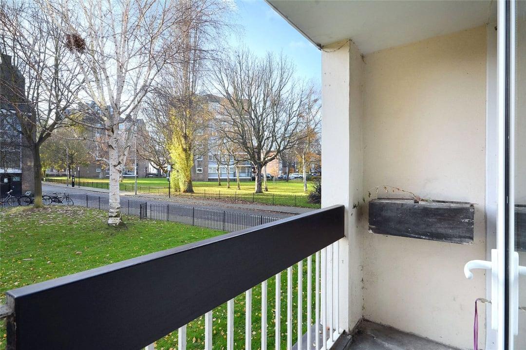 Flat to rent in Batten Street, London, SW11 2TH - view - 3