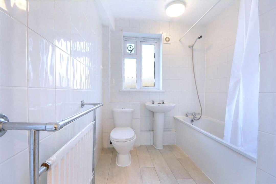 Flat to rent in Batten Street, London, SW11 2TH - view - 7