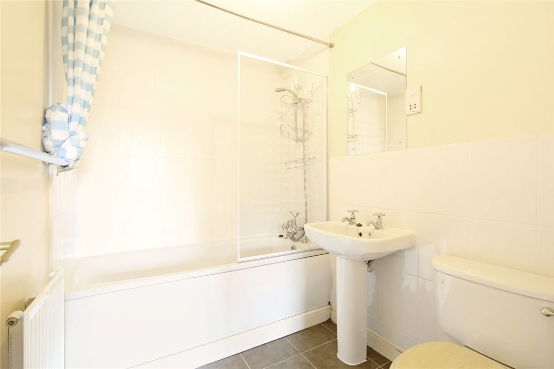 House to rent in Bedford Road, London, SW4 7HE - view - 10