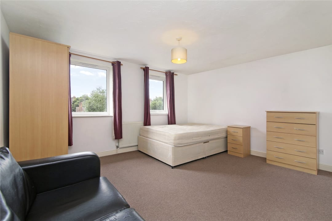House to rent in Bedford Road, London, SW4 7HE - view - 5